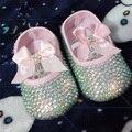 El envío libre de la princesa rhinestone Zapatos de bebé rosados perla hecha a mano bling bling de los zapatos del niño del bebé de la manera encantadora del bebé de la muchacha zapatos