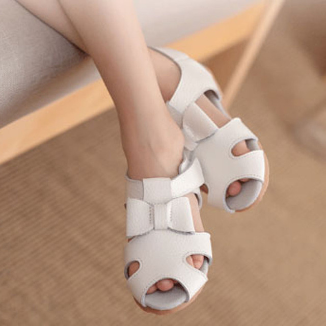 2017 crianças de verão meninas sandálias de couro genuíno couro criança verão sandálias princesa verão shoes t cinta meninas shoes
