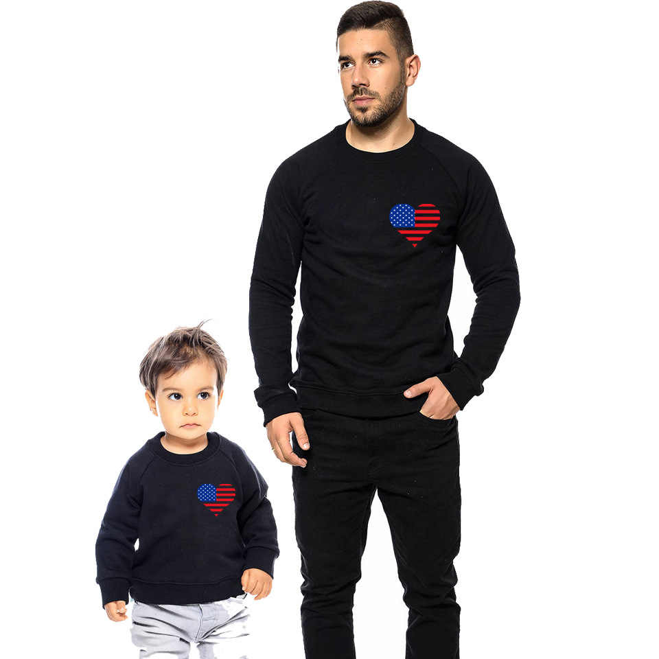 d389971a17b9 ... Family Shirts Outfits Daddy Mommy Baby Cotton Pullover Love Printing  Family Look Couples Matching Clothing Christmas ...