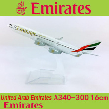 1:400 Airbus A340-300 United Arab Emirates Airline airplane model with base 16CM alloy aircraft plane collectible display toy