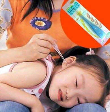 Flashlight Ear Cleaner Earwax Remover Earpick Curette led lighting health tool five-in-one CN post