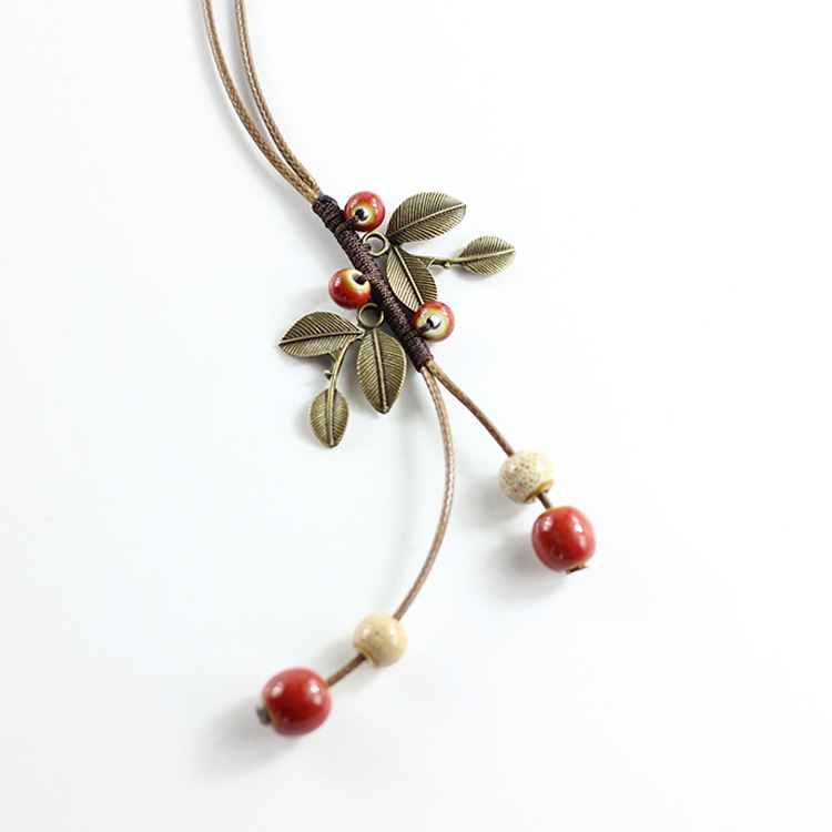 Trendy Bohemia Style Jewelry Ceramic Necklace New Vintage Leaf Necklace Antique Brass Accessories Handmade Ethnic Necklace