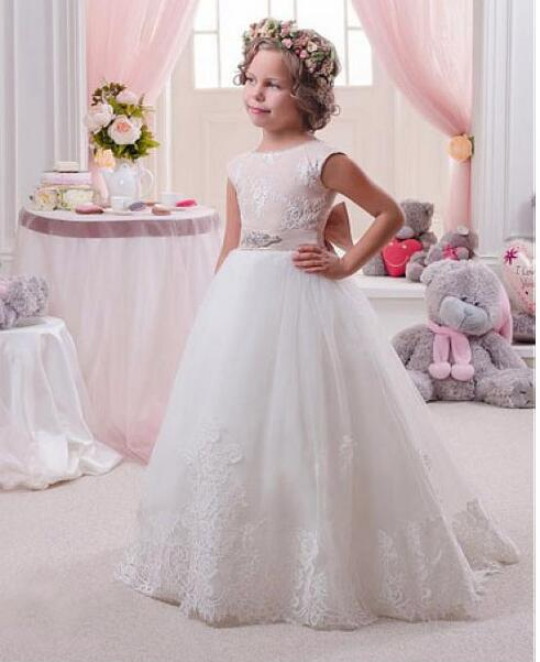 2018 Ivory White Flower girl Dresses Ball gown Beautiful girls pageant dress first communion dresses for girls with Beaded Belt