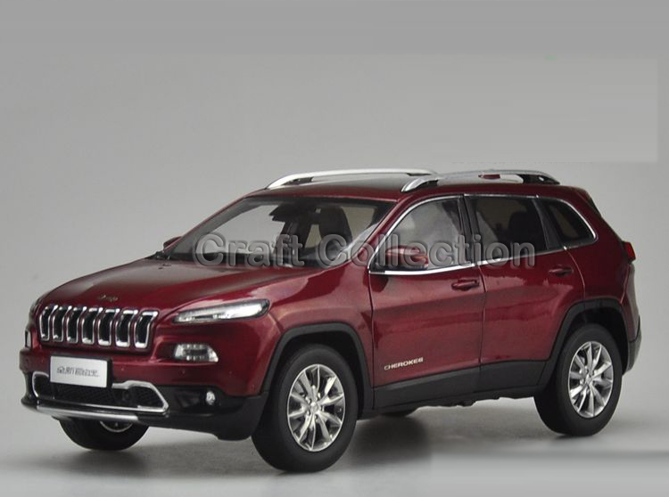 * Red 1/18 Diecast Car Model for Jeep Cherokee 2016 Off Road Vehicle SUV Alloy Toy Car 1 18 scale red jeep wrangler willys alloy diecast model car off road vehicle model toys for children gifts collections