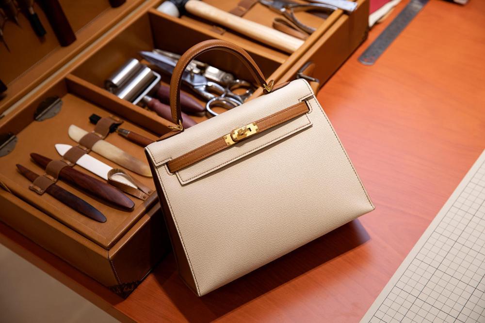 La plus haute qualité dames de luxe mode sac à bandoulière 100% en cuir marque célèbre dames sacs à main tout à la main couleur assortie 25-in Sacs à bandoulière from Baggages et sacs    1