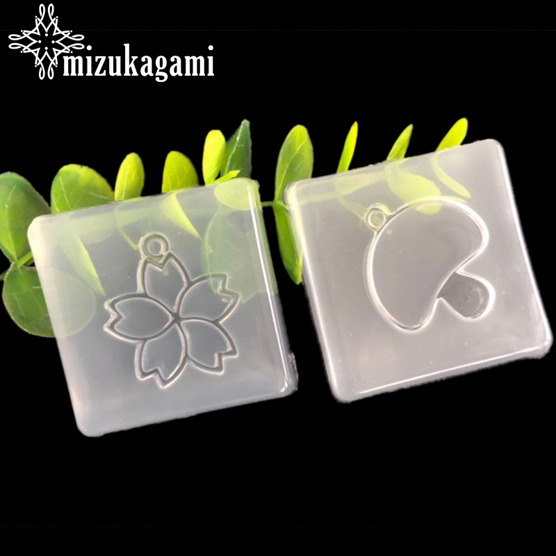 UV Resin Jewelry Liquid Silicone Mold Cherry Blossom Flowers Mushroom Charms Molds For DIY Intersperse Decorate Making Jewelry