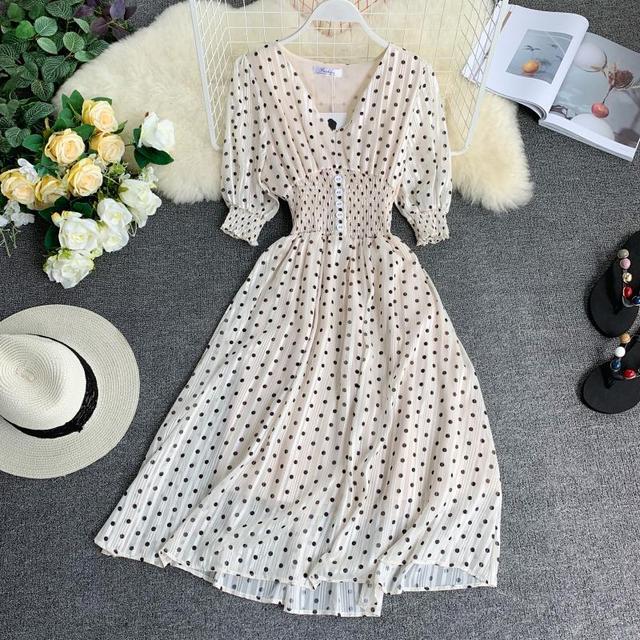 New 2019 Summer Vintage Dot Dresses Women Slim Short Sleeve V Neck Beach Style Dress Female Casual Wear Bodycon Long Robe Femme