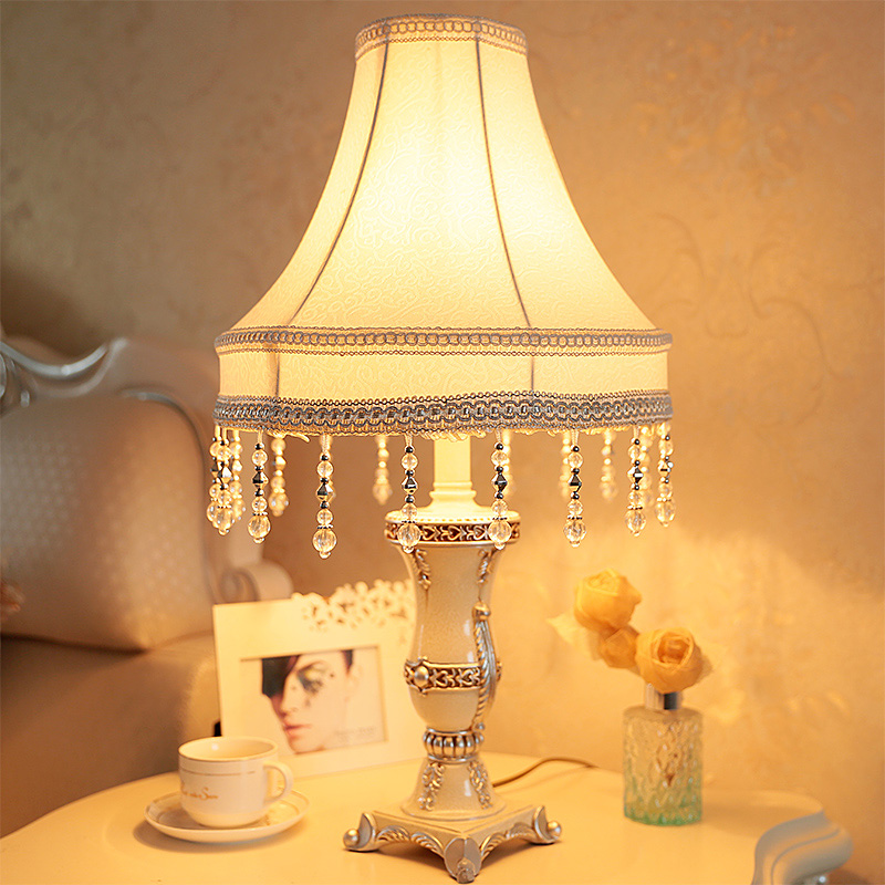 Continental Bedroom Nightstand Lamp Luxurious Modern Living Room Decorative  Resin Carving Cloth Dimmable Lamps War(