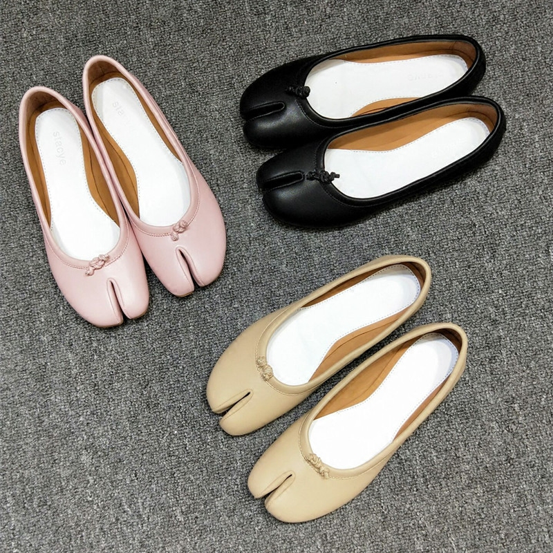 2018 Hot Spring Summer Shoes Woman Slip On Shallow Flats Leather Casual Ballet Flats Design Tabi Shoes Split Toe Cozy Flats T women ballerina flats shallow slip on ballet shoes pointed toe flats woman metal heart shape rubber leather black ladies shoes