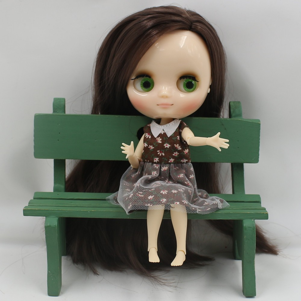 Middie Blythe Doll with Brown Hair, Tilting-Head & Jointed Body 4