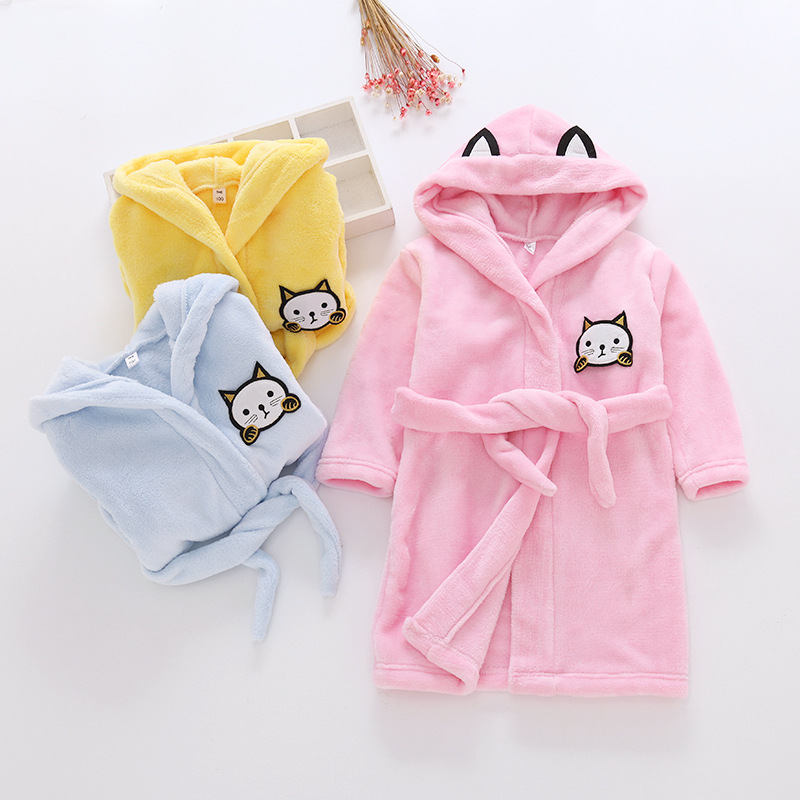 LYONAVA 2018 new autumn winter girls pure cotton long sleeve hooded flannel small childrens home robe wear bathing pajamas