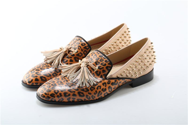 Luxury shoes men Leopard spike slip on loafers low heels tassel oxford shoes for men patent leather zapatillas hombre vestir fashion tassels ornament leopard pattern flat shoes loafers shoes black leopard pair size 38