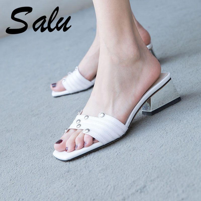 Salu 2019 Sandals Handmade Genuine Leather New Sexy Lady Open Toe Sandals Square Heel Wedding Shoes WomanSalu 2019 Sandals Handmade Genuine Leather New Sexy Lady Open Toe Sandals Square Heel Wedding Shoes Woman