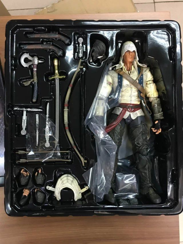 Assassins Creed 3 Play Arts Kai Connor Kenway 10 PVC Statue Action Figure Anime Figure Collectible Model Toy 27cm pvc assassins creed figure edward kenway play arts kai figma figurine assassins creed toy assassinscreed hidden blade