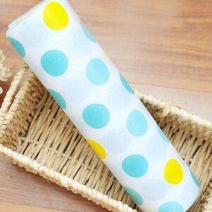 Image 3 - 5 Rolls/Set Nicht Klebe Regal Papier Schöne Dot Muster Schublade Lagerung Liner für Schublade Tisch Küche Schränke speisekammer