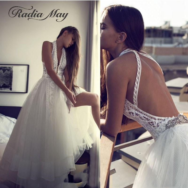 Sexy Halter Neck Open Back Bohemian Wedding Dress Vintage Lace Tulle Boho Beach Bridal Dresses 2019