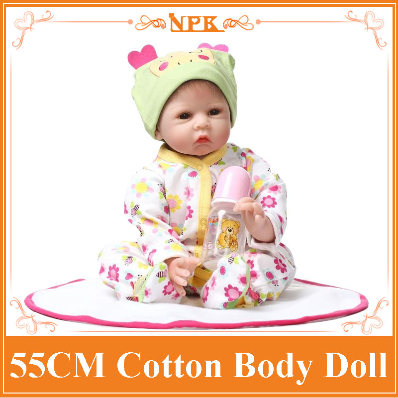 Brand 55cm Reborn Babies With Very Cute Clothes Best Lifelike Baby Dolls For Children Hot Sell Brinquedos Para Bebe At Christmas short curl hair lifelike reborn toddler dolls with 20inch baby doll clothes hot welcome lifelike baby dolls for children as gift