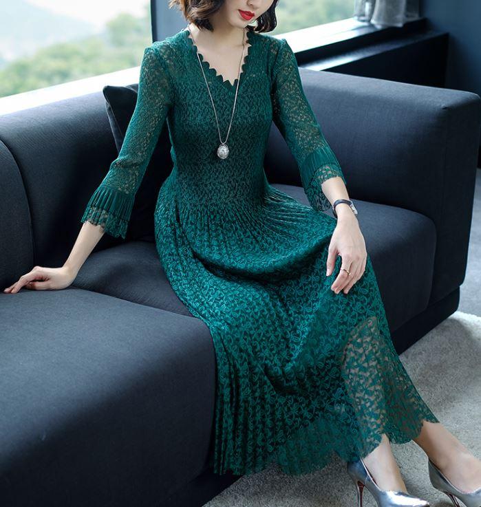 Printemps 2018 nouveau grand yards longue dentelle robe européenne mode femmes vêtements col en v sexy fête tenue vestidos élastique taille libre