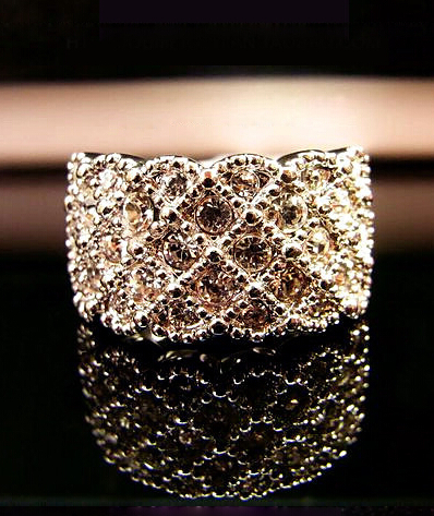 Luxury 2Color Temperament Korean Exquisite Full Sparking Rhinestone Ring R1043 ...
