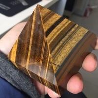 BG951 73 73 58mm Natural Tiger Eyes Crystal Pyramid Polished Healing Pyramid Reiki Minerals Quartz Crystals