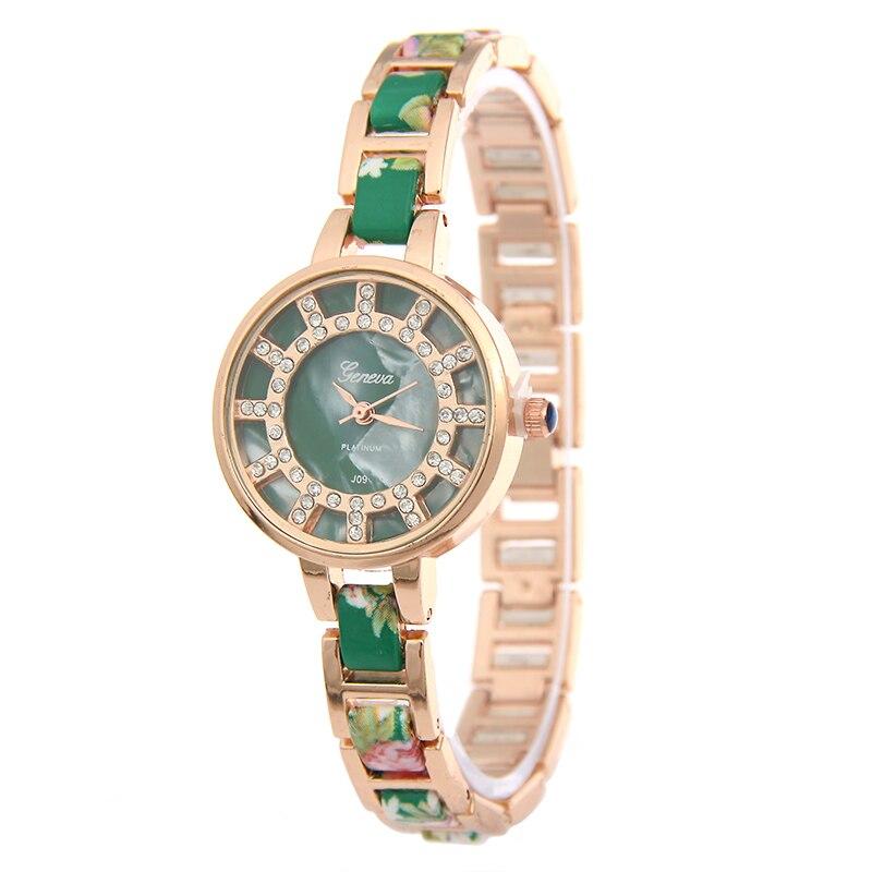 Hot selling luxurious floral alloy steel watch women fashion shell dial diamonds quartz watch women watches new relogio feminino