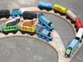 Frete grátis Thomas Amigos Crianças Cedo Educacionais Pequenos Trens Pista Brinquedo De Madeira Ordem Misturada Varejo atacado