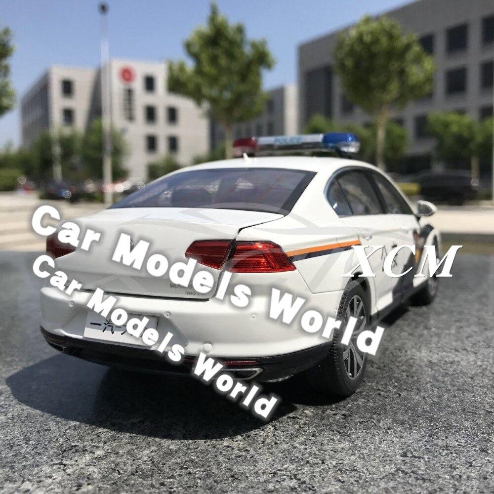 차세대 용 다이 캐스트 자동차 모델 모든 새로운 magotan b8 경찰 1:18 + 작은 선물!!!!!!!!!!-에서다이캐스트 & 장난감 차부터 완구 & 취미 의  그룹 2