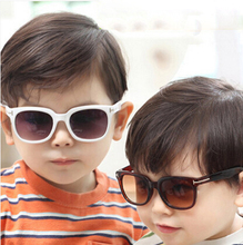 DRESSUUP New Fashion Baby Boys Girls Square Kids Sunglasses Brand Designer UV400 Cute Children Sun Glasses Oculos De Sol Gafas