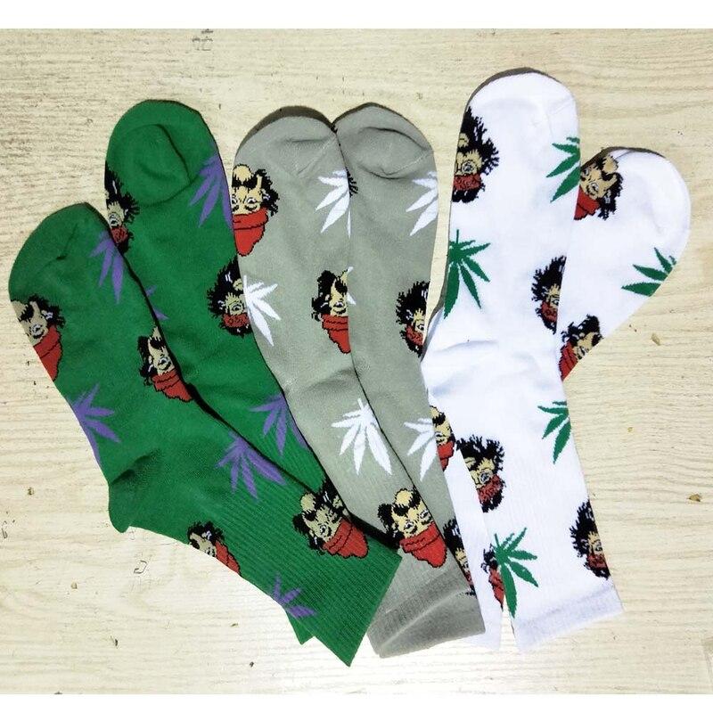 Hip hop Maple Pirate Mens socks European and American feet English alphabet Harajuku Fun Novelty Funny man socks