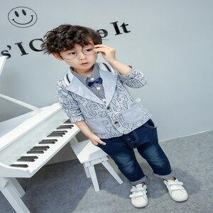 Image 4 - Ragazzi del bambino abbigliamento 3 pezzi/set di usura dei bambini versione Coreana caduta abbigliamento casa di stampa giacca + t shirt + jeans del bambino vestito