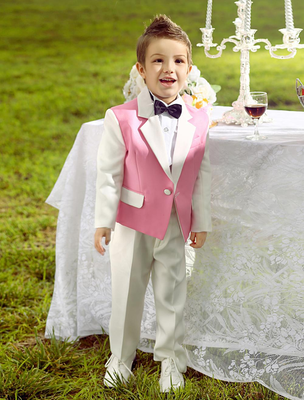 White Ring Bearer Suit | Wedding Tips and Inspiration