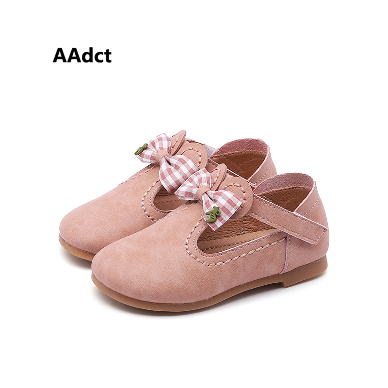 все цены на AAdct 2018 princess toddler baby shoes soft bowknot Lovely little girls leather shoes spring new Brand High-quality онлайн