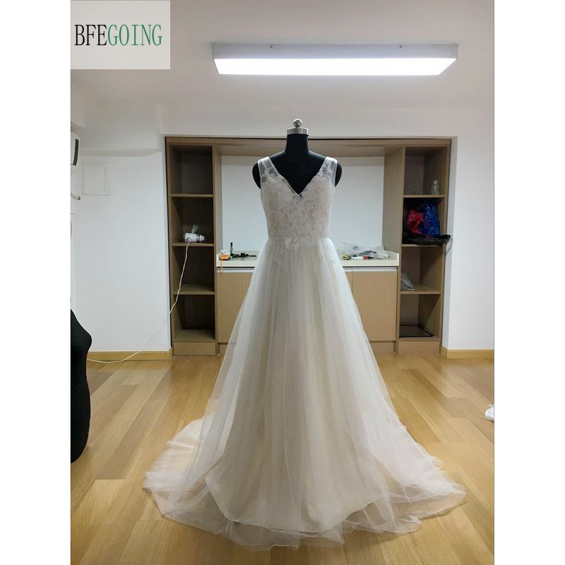 Ivory Applique Lace Tulle A line Wedding Dress Floor Length Chapel Train Sleeveless Real Original Photos
