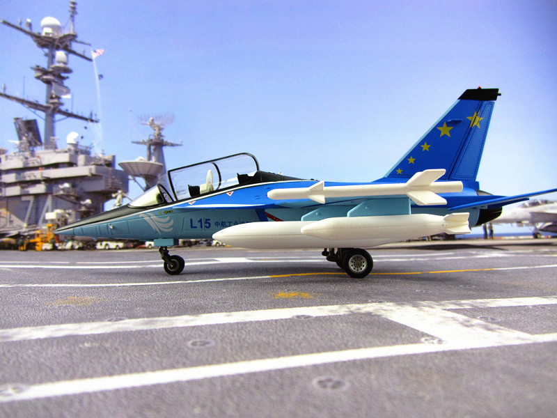L-15 trainer aircraft model L15 aircraft model Falcon trainer high alloy gifts 1:48 military simulation China Air Force of CPLA цены