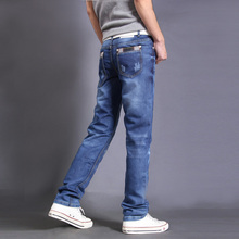 The 2016 men's jeans fashion brand jeans jeans fashion jeans and big sales of men's pants