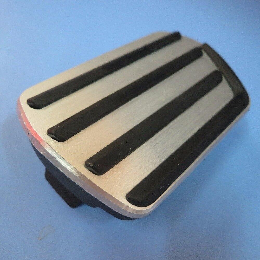 Ди автомобильные аксессуары Алюминиевый сплав педаль тормоза для VOLVO S40 V40 C30, Нескользящие Педальная пластина наклейки на планшет