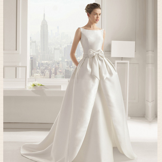 Gorgeous Satin Wedding Dress Modern Scoop Sexy Backleess with Bow A-line Simple Long Bridal Gowns Vestidos De Novia Court Train