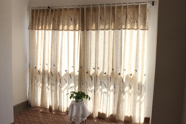 Paneel flaxen linnen polyester geborduurd lavendel mengen en