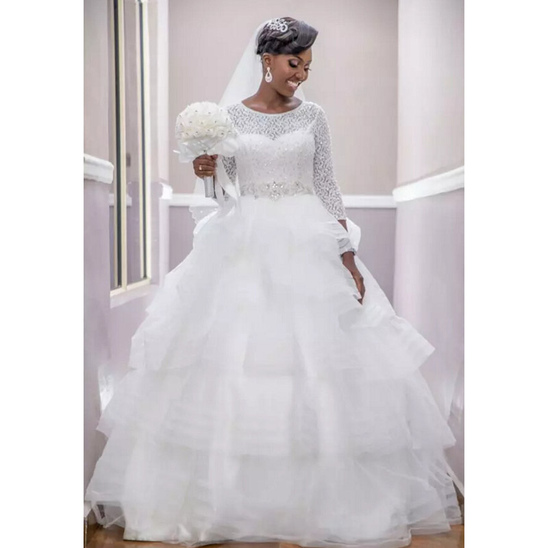 3/4 Sleeves Vestido De Noiva 2019 Muslim Wedding Dresses Ball Gown Lace Beaded Tiered Boho Dubai Arabic Wedding Gown Bridal