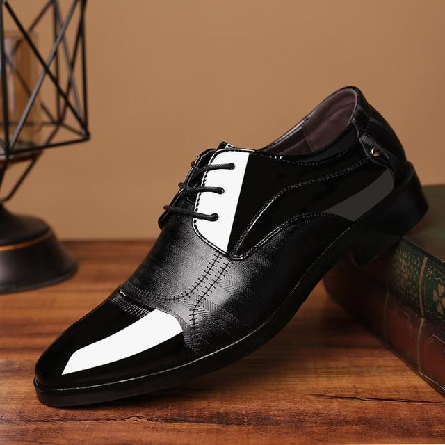 REETENE 2020 Formal Shoes Men Pointed Toe Men Dress Shoes Leather Men Oxford Formal Shoes For Men Fashion Dress Footwear 38 48