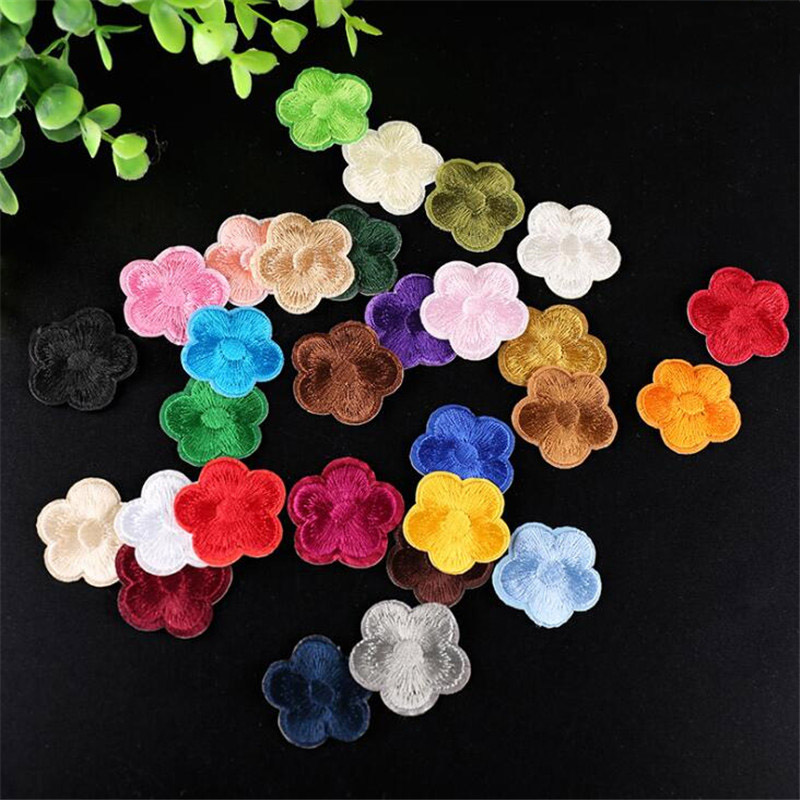 25f7e3b367a2 10PCS Cute Small Flower Patches Clothing Embroidery Iron On Applique ...