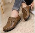 Mulheres primavera Sapatos Rasos Suaves Sapatos de Couro Genuíno Mãe Sapatos de Conforto Sapatos Casuais Femininas Outono Solteiros Mulheres flats 5 Cores
