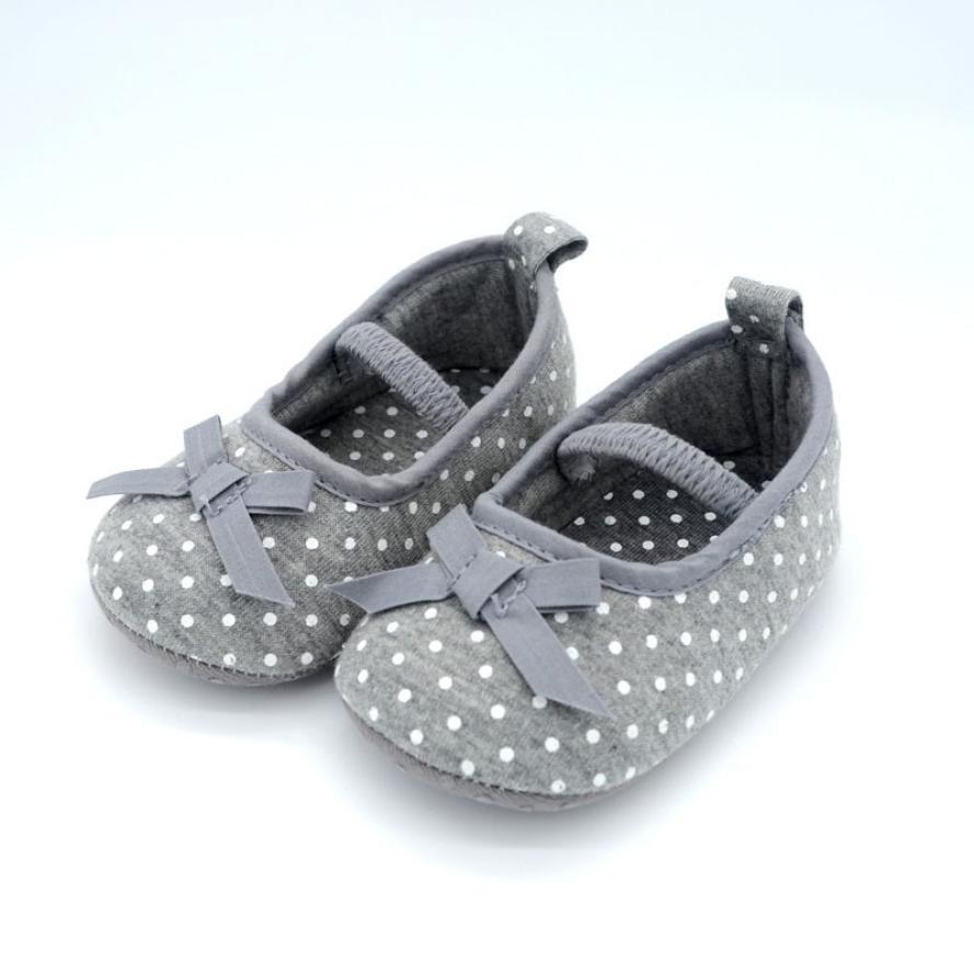 16a9aaf0866a6 Bébé fille chaussures nouveau-né fleurs polka dot bébé chaussures enfant  chaussures enfants filles en bas âge bébé enfants premiers marcheurs  chaussure ...