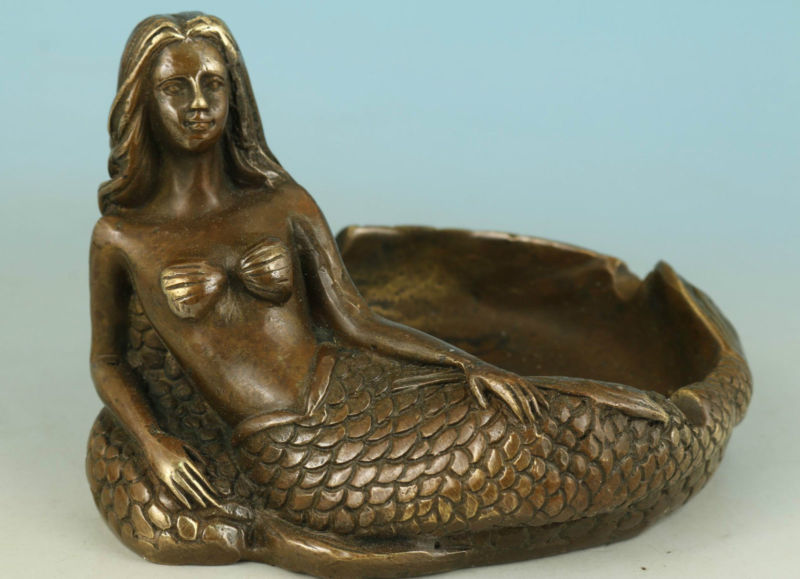 NOBLE CHINESE OLD BRONZE COLLECT HANDWORK CARVED SEA MERMAID STATUE Ashtrays