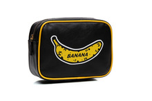 Women  PU Leather Cosmetic Bags Korean Style Banana Pattern Make Up Bag  neceser Travel Makeup Case Organizer for Women Girls