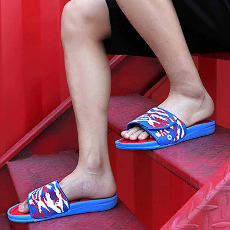Gli Uomini Pistoni di Massaggio regolabile Slip-on Accogliente di Gomma Piuma di Memoria di Vibrazione di Cadute di Piscina Camera Da Letto Coperta Camouflage Casa Pantofole Scarpe Maschili