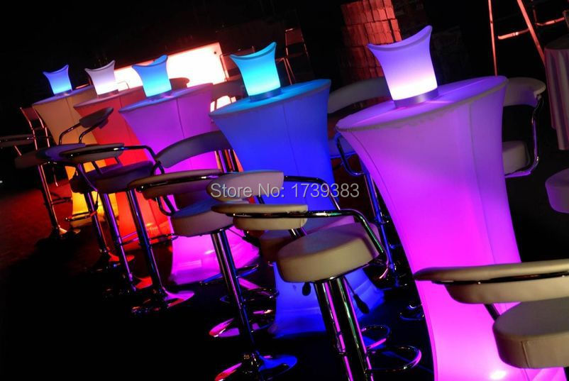 led-round-tables-3