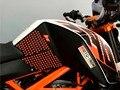 8 Color de Alta calidad de La Motocicleta Del Tanque Lateral de Tracción Pad Gas combustible Grip Rodilla Calcomanía Para KTM DUKE 125 200 250 390