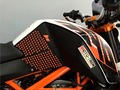 8 Colour High quality Motorcycle Tank Traction Side Pad Gas Fuel Knee Grip Decal For KTM DUKE 125 200 250 390