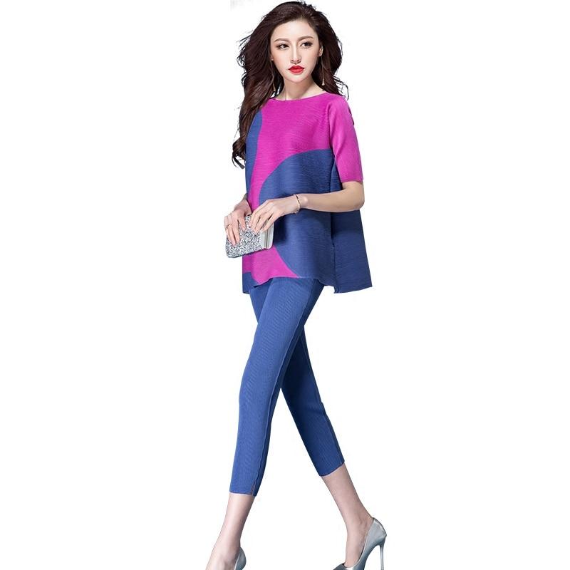 8587871bed2cb D-emballage-d-t-deux-pi-ces-t-shirt-pantalon-costume-ensemble-pliss.jpg